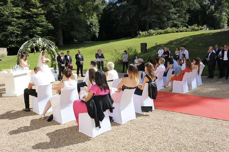 Officiant_ceremonie_laique_Didier_Barbarit_Mariage_Laique_Ceremonie